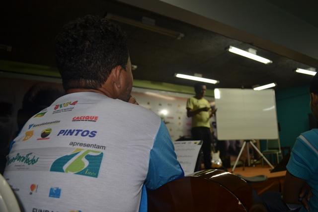 Setenta alunos participam do curso